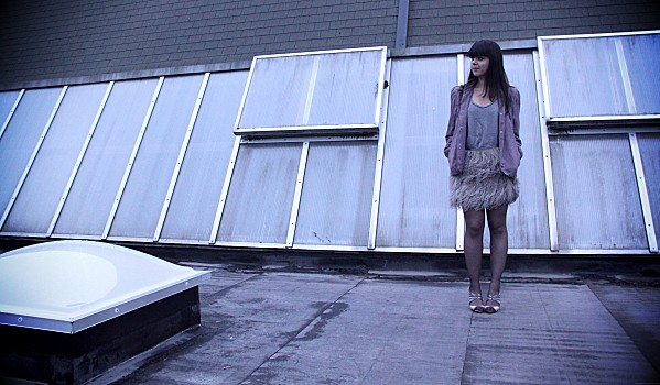 feather-skirt-topshop 2256.JPG effected