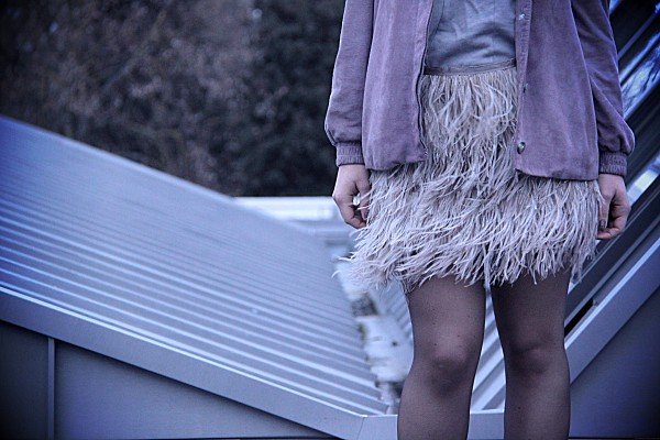 feather-skirt-topshop 2273.JPG effected
