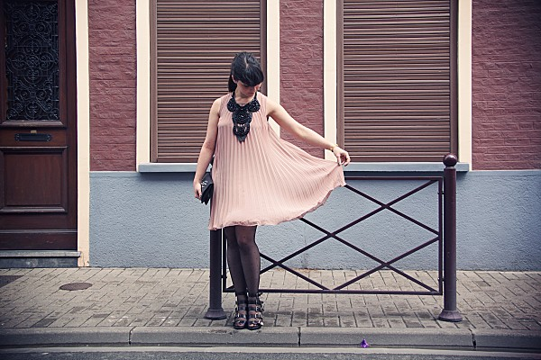 chaussures walinette pour andré et robe plastron aggabarti