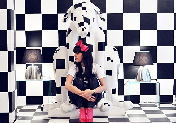 Série Le Jardin des Nains ; Alice & Wonderland Chess (13)